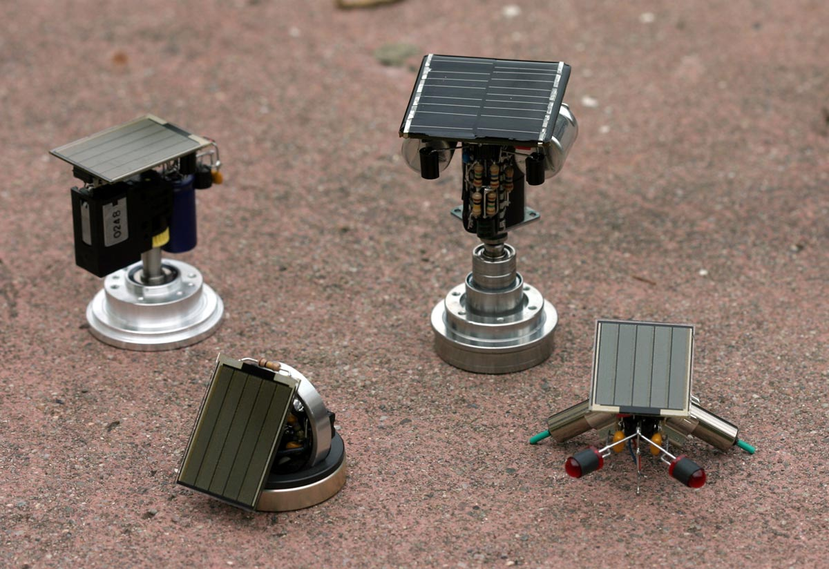 Beam robots for Small motors for robots